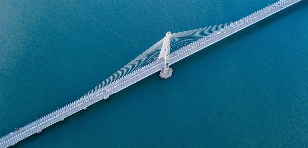 Content-Standout-Bridge