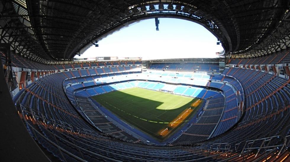 Estadio Bernabeu vacío.
